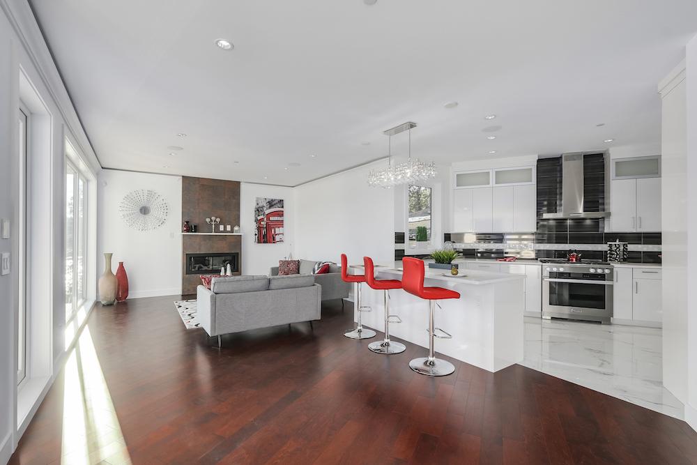 North Vancouver,BC,Canada V7G 1V7,6 Bedrooms Bedrooms,3 BathroomsBathrooms,Single Family House,Panorama Villa,1288
