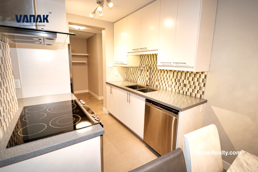2016 Fullerton Ave,North Vancouver,BC,Canada,1 Bedroom Bedrooms,1 BathroomBathrooms,Apartment,Lillooet,Fullerton Ave,15,1403